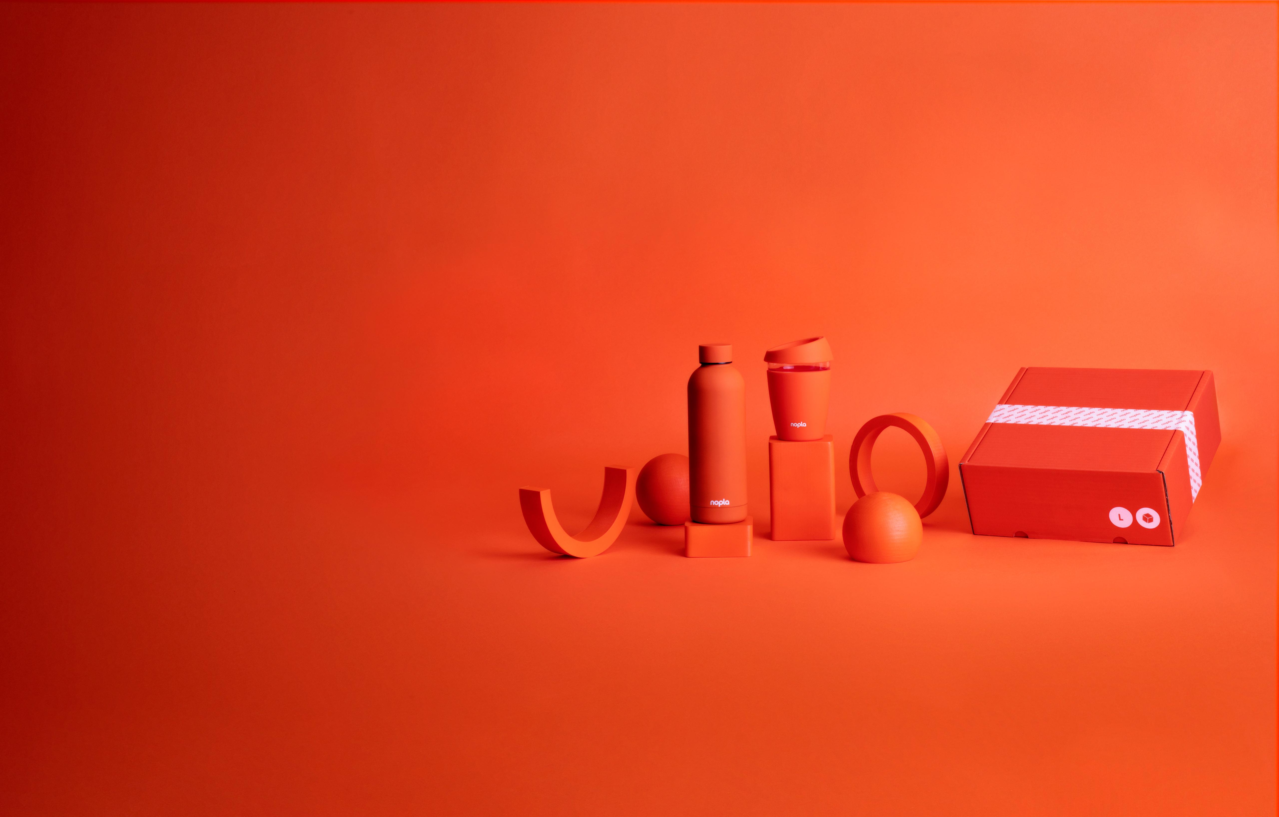 nopla Large Orange Travel Set