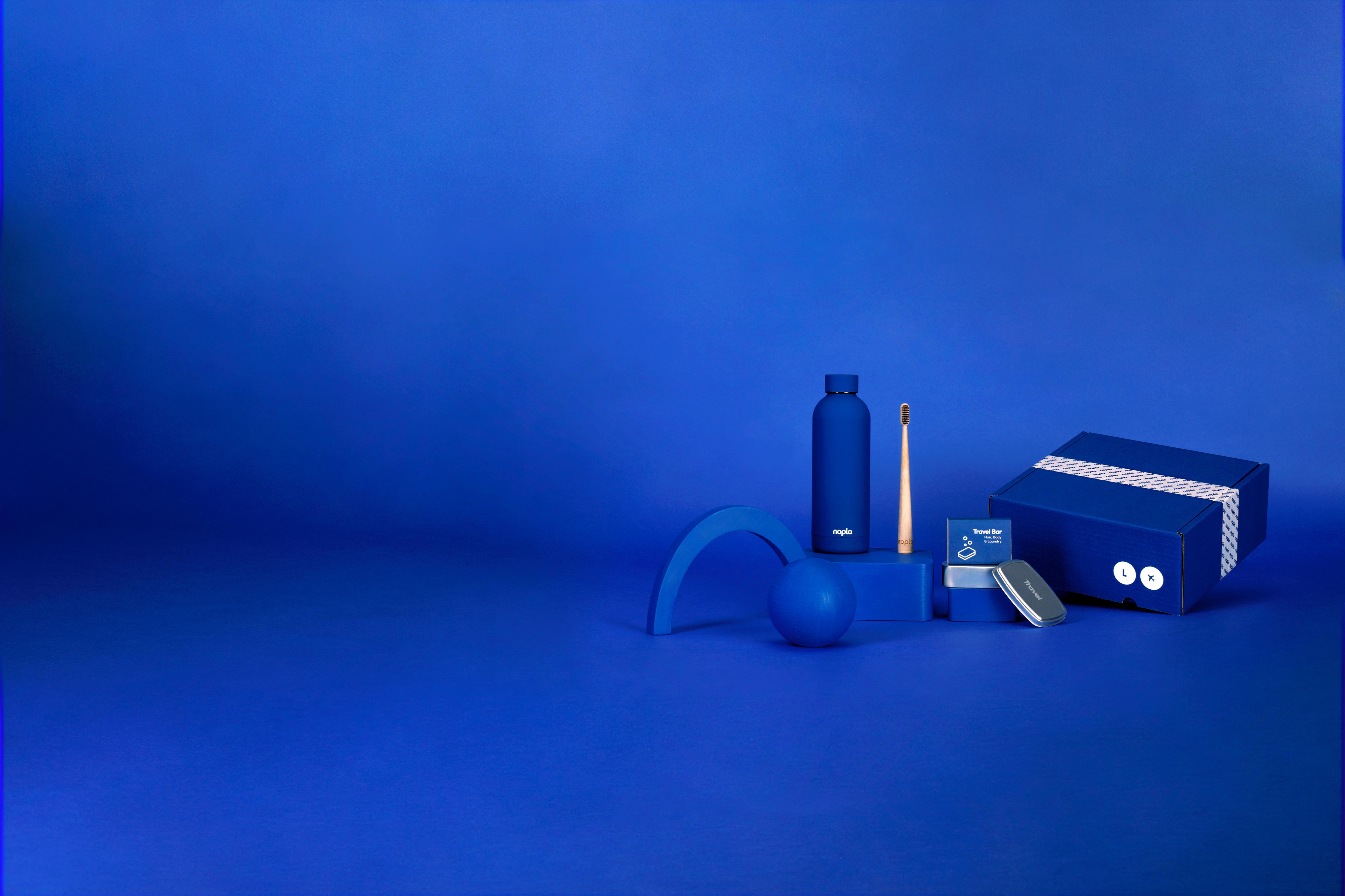 nopla Large Blue Travel Set